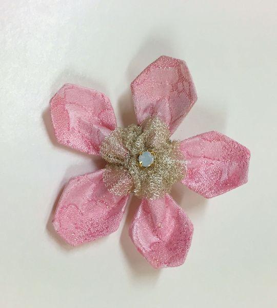 桜ブローチa s.jpg